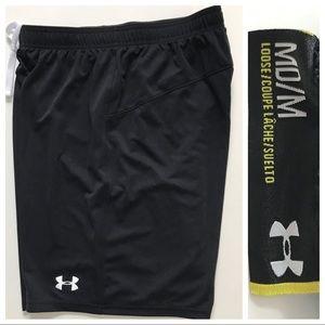 NWOT UA Heat Gear Men's Black Shorts